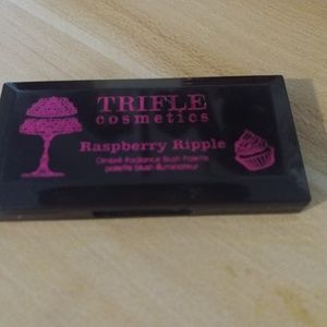 Other - Trifle Raspberry Ripple
